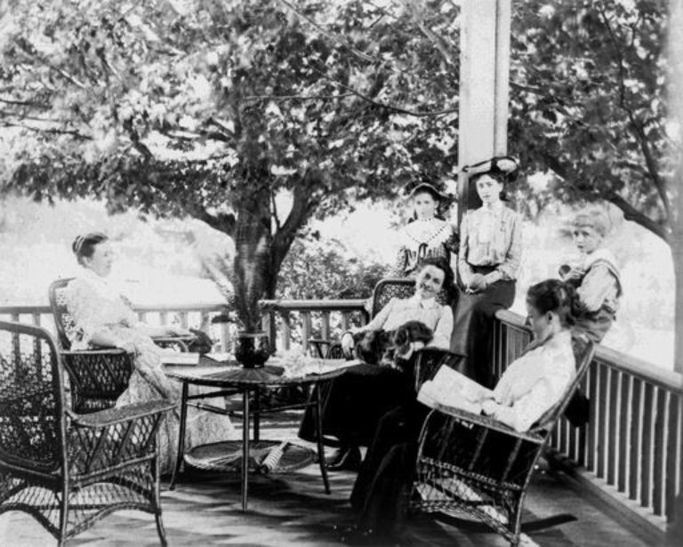 History ladieson the porch c 1902 preview